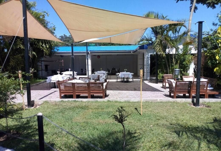 Woodlands Ash Lodge, Lusaka, Restaurante al aire libre