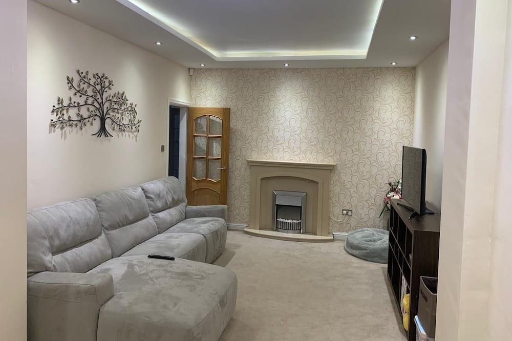 Comfort House - Living Room