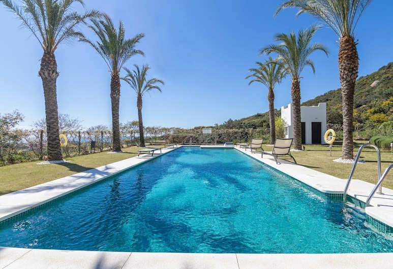 2156-Lujoso apto con vista piscina, Касарес, Открытый бассейн