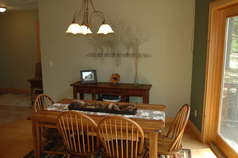 Stuga Comfort - Matservice på rummet
