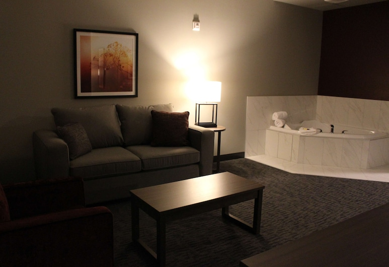 Best Western Plus Dauphin, Dauphin, Suite, 1 King Bed, Non Smoking, Jetted Tub (Shower Only;with Sofabed), Guest Room