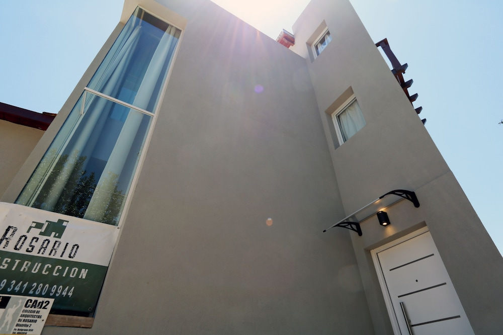 2 Beautiful Houses in one Property Near Rosario