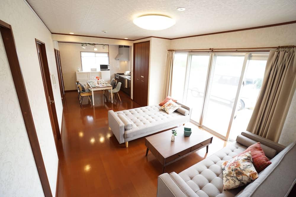 Nhà (Private Vacation Home) - Khu phòng khách