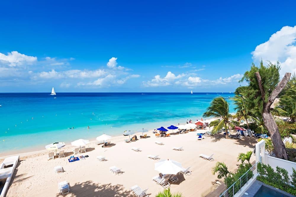 Condo, 3 Bedrooms - Beach