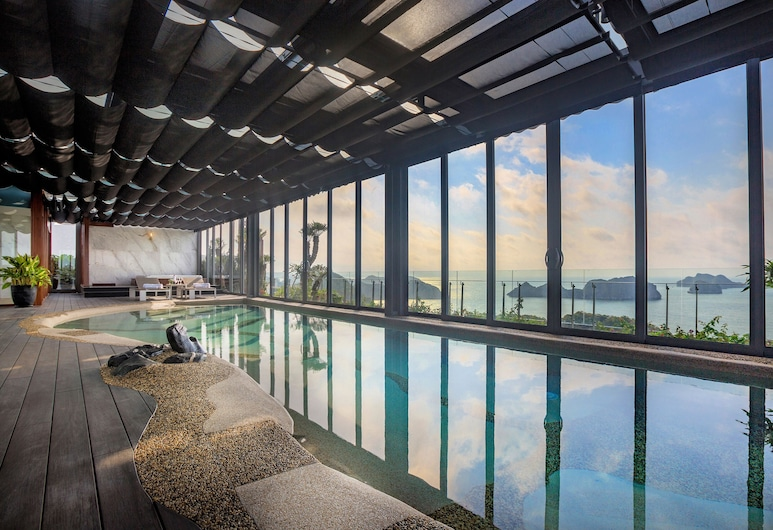 Flamingo Cát Bà Beach Resort, Hải Phòng, Hồ bơi trong nhà