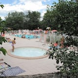 حمام السباحة الخاص بالأطفال
