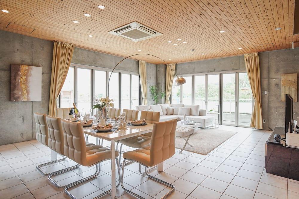 Hus (Resort Chatan) - Matservice på rummet
