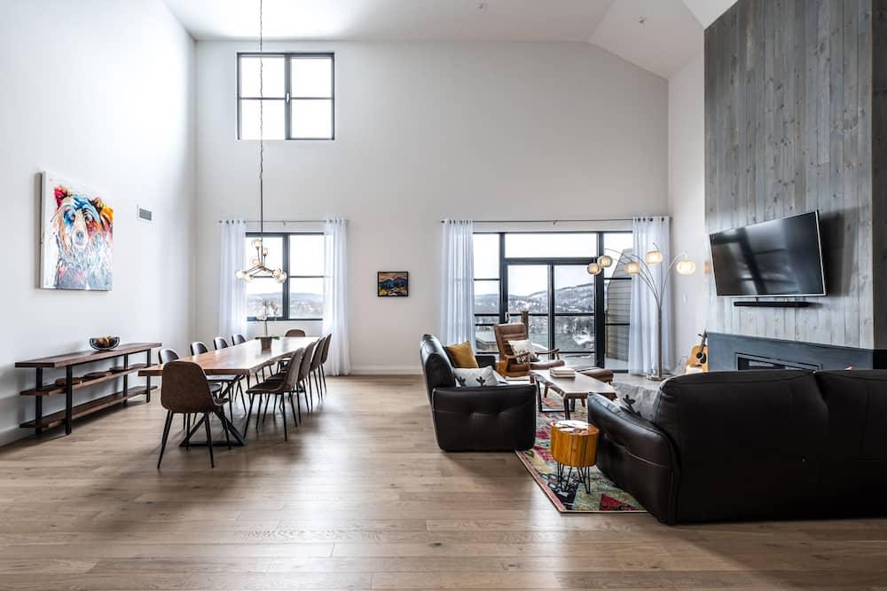 Mieszkanie, 4 sypialnie, kuchnia - Powierzchnia mieszkalna