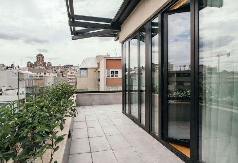 Central Point Hotel, Belgrad, Junior Süit, Teras/Veranda