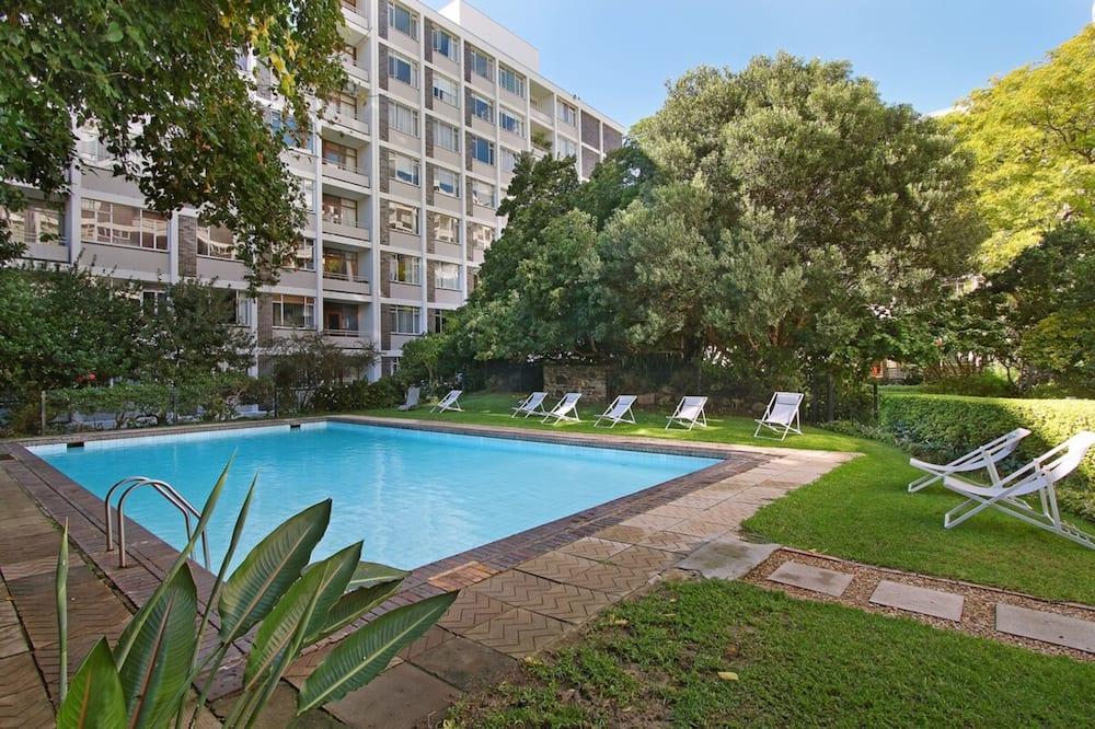 公寓 (0 Bedroom) - 游泳池