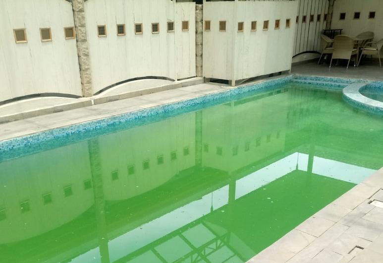 COUNTRYHOUSE INN HOTEL, Naivasha, Εξωτερική πισίνα
