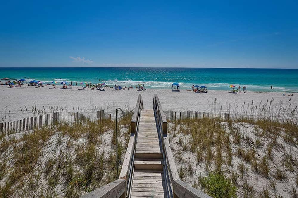 House, Multiple Beds - Beach