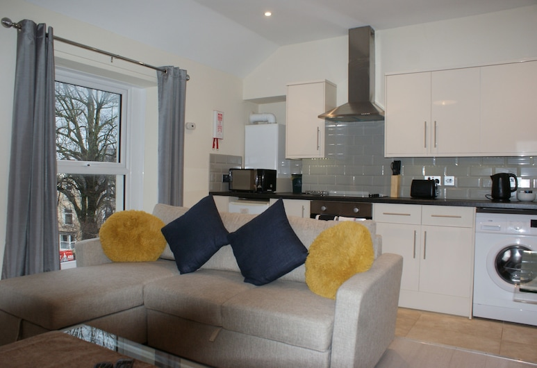 Coastal City Rooms - Uplands, Swansea, Superior Apartment, Ensuite, City View, Lounge