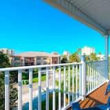 Villa (4 Bedrooms) - Balcony