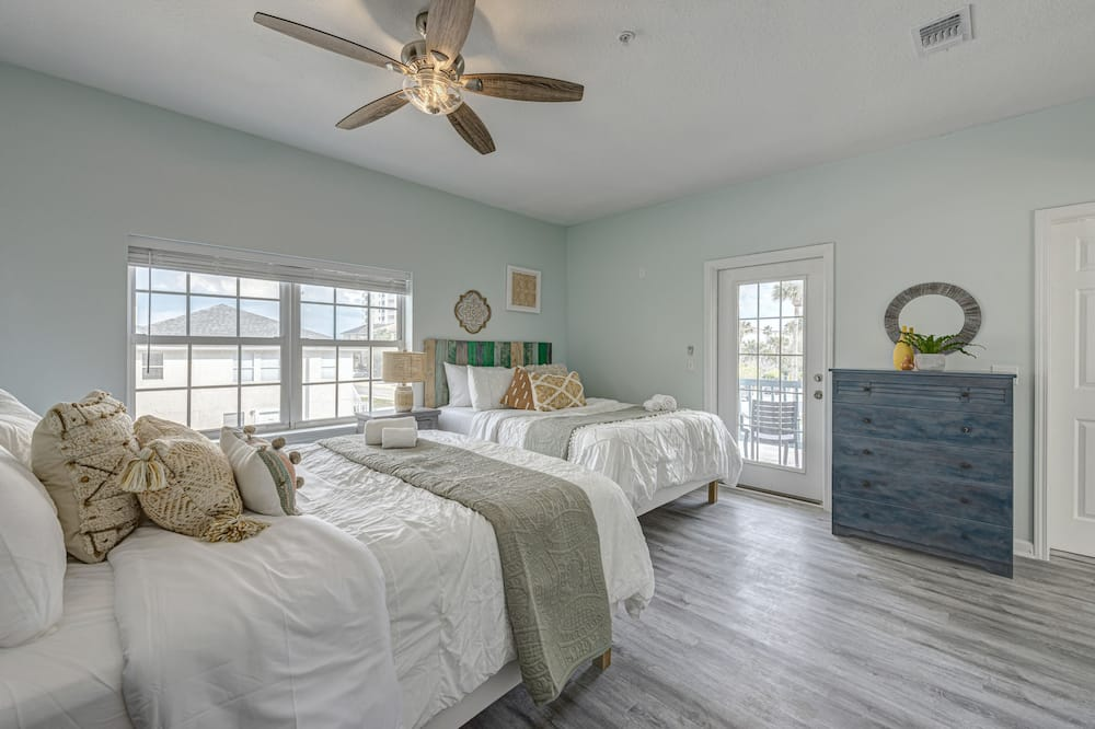 Villa (4 Bedrooms) - Room
