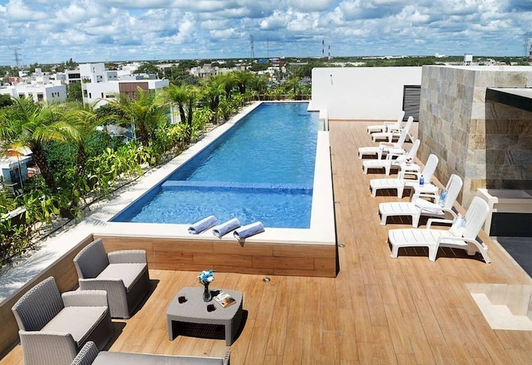 2BR With Rooftop Pool in Great Location! A/c!, Playa del Carmen