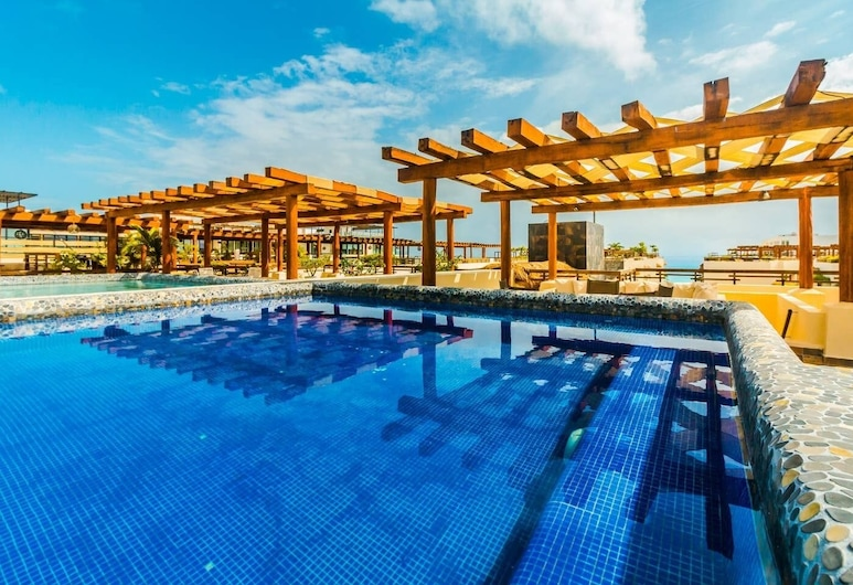 Beachfront Penthouse With Private Pool, Amazing!, Playa del Carmen