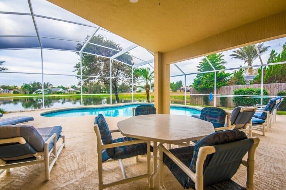 Vila (4 Bedroom 3 Bathroom Pool Villa) - Bazén