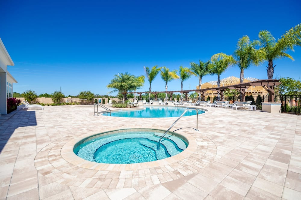 Apartment (3229CCP Lucaya Village Resort Townhom) - Pool