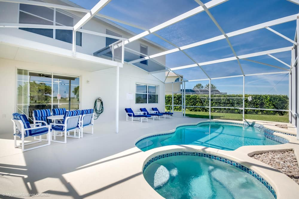 فيلا (127TC 5 bed with spa and games room ) - حمام سباحة