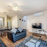 Apartment (1104CAL) - Living Room