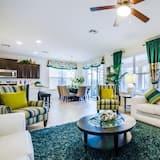 Villa (1215YC Stunning Showcase 7 Bed 6 Bath) - Living Room