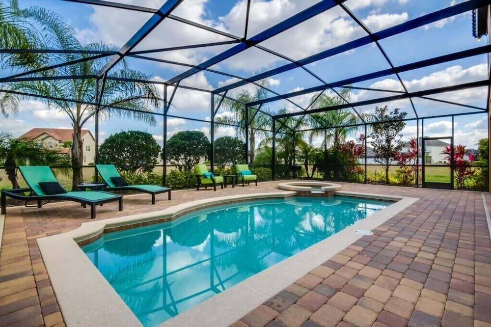 1214yc Stunning Showcase 7 Bed 6 Bath Property, Davenport