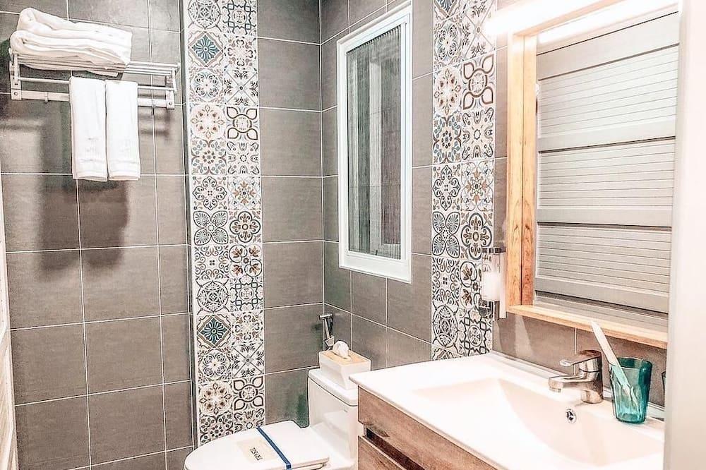 Habitación cuádruple (A) - Baño