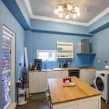 Habitación cuádruple (A) - Cocina compartida