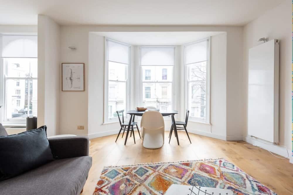 Apartemen - Pemandangan Kota