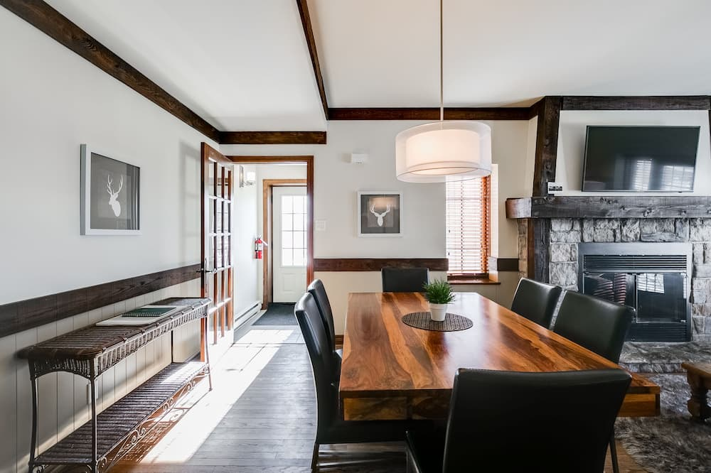 Soukromý byt, 2 ložnice, 2 koupelny - Obývací prostor