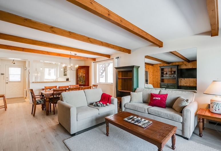 Le Lakewood by KASANIA, Mont-Tremblant, Apartment, 2Schlafzimmer, 2 Bäder, Wohnbereich