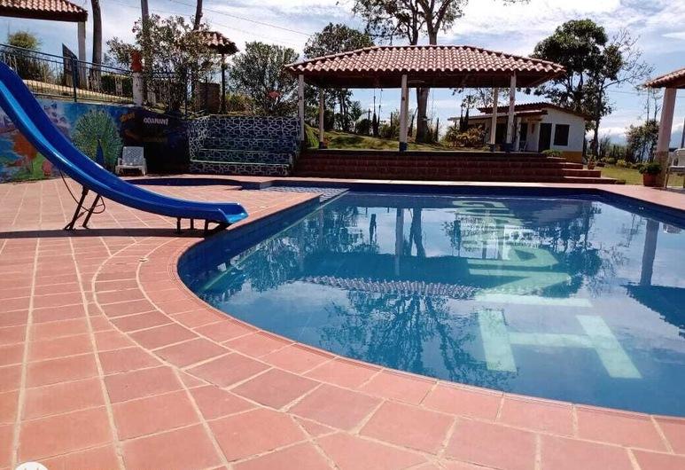 Finca Vacacional Guanani, 索科洛, 室外泳池
