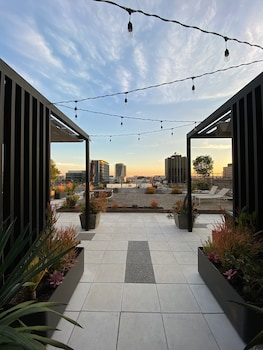 Picture of The Cosmo Lofts in Los Angeles