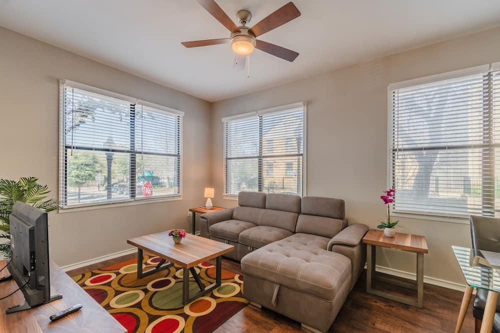 Apartment, 1 Bedroom, Non Smoking, Kitchen - Living Area