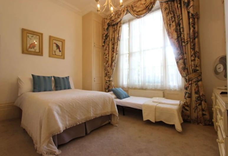 StayIn - Queensway, London, Family Studio, Room
