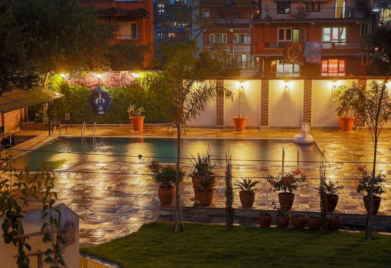 Hotel Bhadgaon, Bhaktapur, Buitenzwembad
