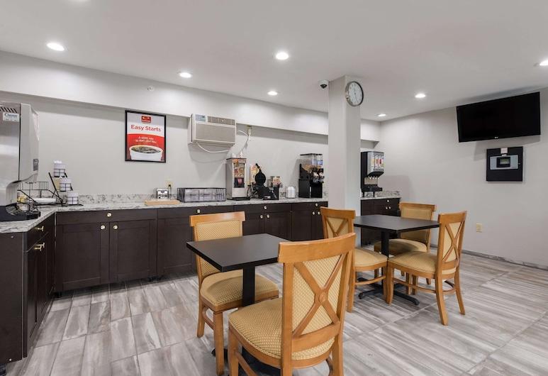 Econo Lodge Inn & Suites, Μέισον Σίτι