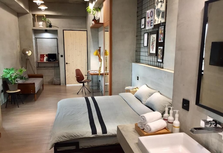 Looft, Hengchun, City Room (Right), Guest Room