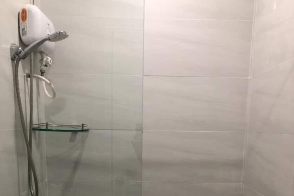 Kamar Double Basic untuk 1 Orang - Kamar mandi