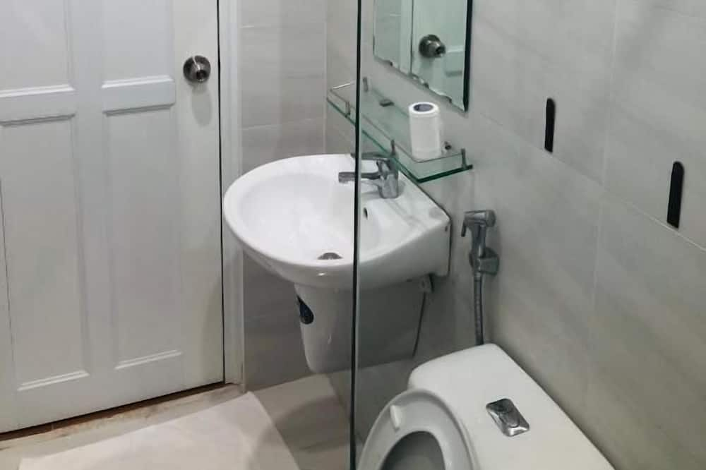 Kamar Double Desain - Kamar mandi