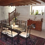 Quadruple Room (Rose) - Living Area
