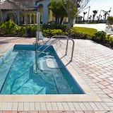 Nhà (Champions Gate IHR 4041) - Hồ bơi