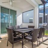 Vila (Brand New 5 bedroom Private Pool Stor) - Balkón