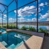 Vila (Brand New 5 bedroom Private Pool Stor) - Bazén