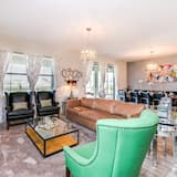 Villa (1314BW00) - Living Room