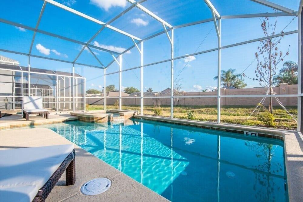 Villa (1626MVD Fantastic 6 Bedroom 5 Bathroo) - Pool