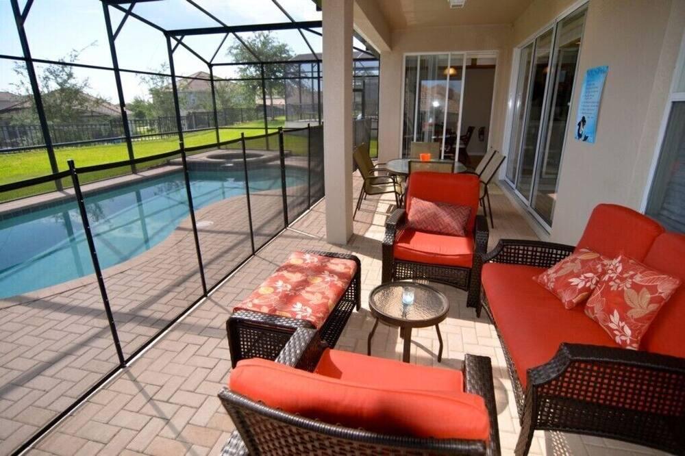 Villa (7783TB Windsor Hills Resort 5 Bed 5 B) - Balkon