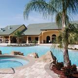 Villa (Fantastic Resort 5 Bed 5 Bath Villa W) - Alberca