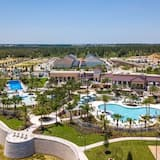 Villa ( Solara Resort 9 Bedroom  6 Bathroom ) - Pool